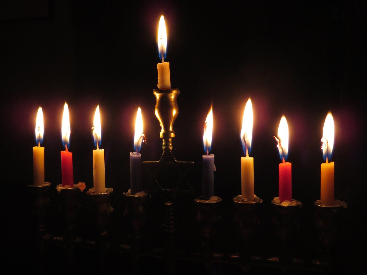 Chanukuh and Christmas: Honoring the Light - Daily Meditations with Matthew Fox